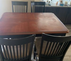 Kitchen / dining room table for Sale in Gilbert, AZ