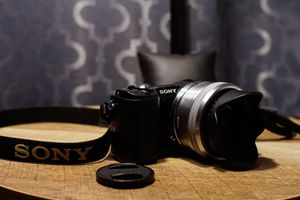 Sony A5000 for Sale in Spring, TX