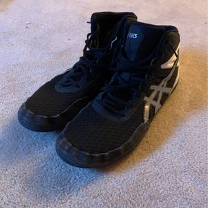 Men's ASICS Wrestling/Boxing Shoes (Great Condition) for Sale in Spring Grove, IL