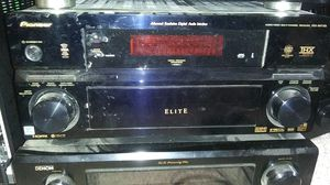 Pioneer VSX-84TXSi for Sale in Conroe, TX
