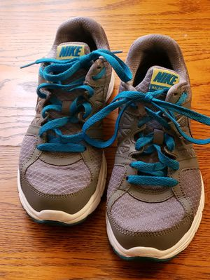 Nike Relentless 2 Running/walking shoe for Sale in Helotes, TX