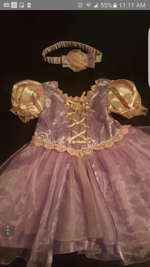 Rapunzel Baby costume sz 12-18 months for Sale in Chicago, IL