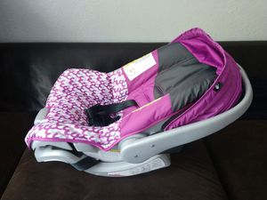 Baby car seat, Baby swing, Baby crib for Sale in Pembroke Pines, FL