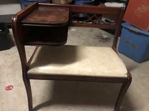 Nice antique bench with side table and shelf for Sale in Magnolia, TX