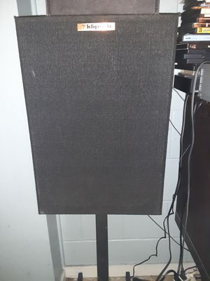 Klipsch speakers two sided for Sale in Boston, MA