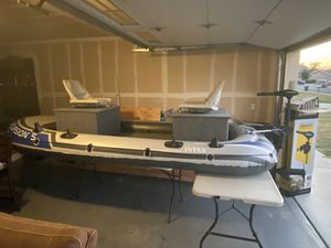 Customized intex excursion 5 bass boat for Sale in Fairfield, CA