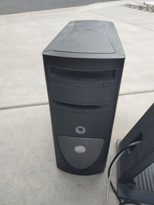 2002 Dell DHM computer with a REV A00 monitor for Sale in El Cajon, CA
