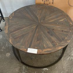 Reclaimed Wood Round Table for Sale in Arlington,  TX