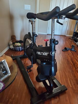 Real Ryder Indoor Cycling Bike same as Trufusion for Sale in Las Vegas, NV