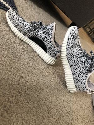 Adidas Yeezy Size 6 for Sale in Fort Myers, FL