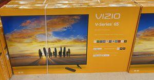 VIZIO SMART TV 65 inch for Sale in Brooklyn, NY