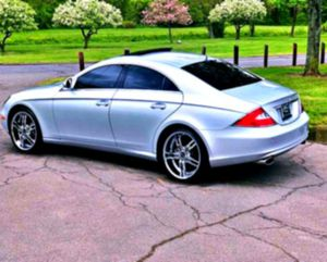 THE BEST PRICED 2006Mercedes-Benz CLS 500 for Sale in Auburn, ME