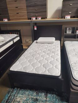Twin Wood Platform Bed with Headboard, Cappuccino for Sale in Westminster,  CA