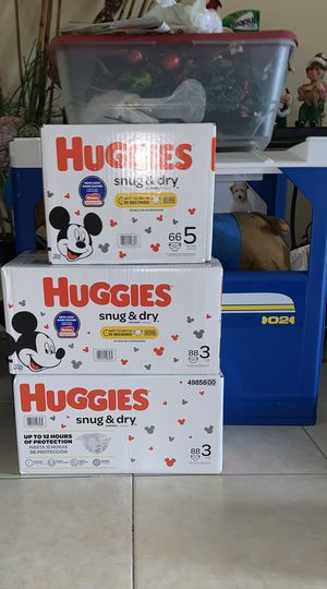 Huggies diapers size 3 count 88,size 5 count 66 for Sale in North Lauderdale, FL