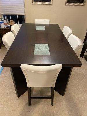 Modern bar height dining room table with chairs for Sale in Delray Beach, FL