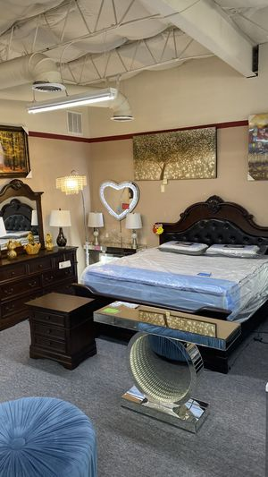 FINANCE NO CREDIT NEEDED Queen 4Pc Bedroom Set Wood and Leather I8 for Sale in Euless, TX