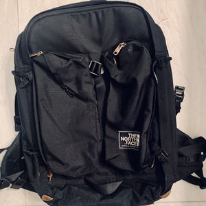 North face Crevasse Backpack for Sale in Kent, WA