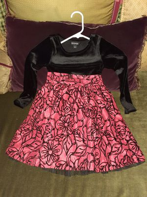 George red rose pattern. Girl dress size 5 for Sale in Jurupa Valley, CA