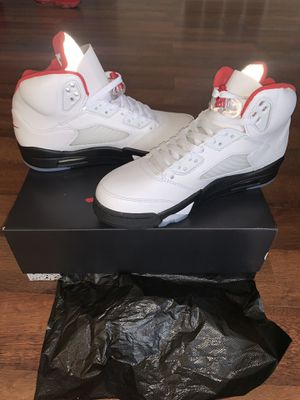 Air Jordan 5 Retro Fire Red for Sale in Palmdale, CA