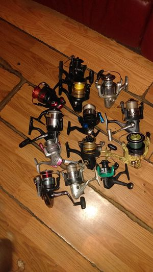 Mix brands fishing reels for Sale in Ruskin, FL