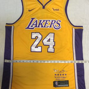 LA Lakers Jersey Kobe Bryant Absolutely Brand New SIZE XL/XXL (54) FRIDAY PRICE ONLY for Sale in Beverly Hills, CA