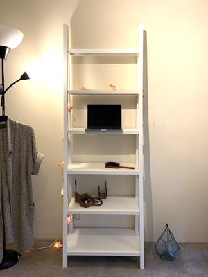 Bookshelf Ladder Shelf Standing Desk for Sale in Evanston, IL