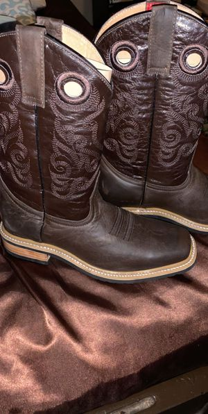 Brand new Western cowboy boots size 8-9 for Sale in Sanger, CA