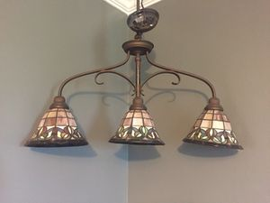 Tiffany style pool table light for Sale in Aspen Hill, MD