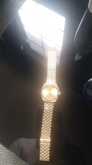 Nixon whatch great condition for Sale in Fairview, TX