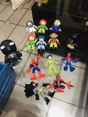 Legos - figuras Súper Héroes $20 por Todos Recojer en 12185 sw 26 st Miami Fl 33175 for Sale in Miami, FL