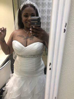 Wedding Dress!!! David's Bridal for Sale in Woodhaven, MI