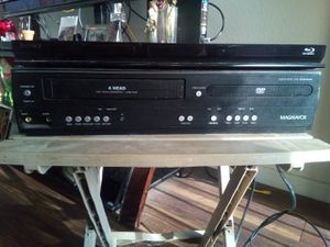 A DVD and VCR combo also a Blue Ray player for Sale in Fresno, CA