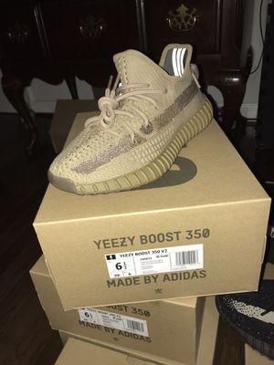 Yeezy Earth DS size 6.5 for Sale in Centreville, VA