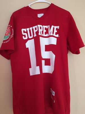 Supreme roses jersey red sz Large for Sale in MONTGOMRY VLG, MD