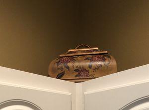 Living room or kitchen decoration. 2 piece set. for Sale in Lakeland, FL