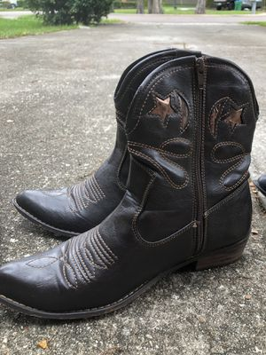 3 pairs boots for Sale in Longwood, FL