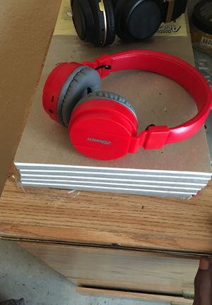 Wireless headphones for Sale in Houston, TX