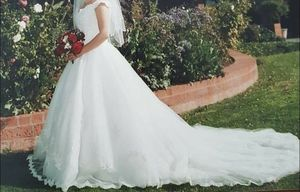 Ivory Wedding Dress for Sale in Meridian, ID