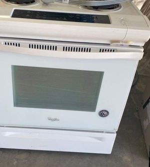 Whirlpool Electric Stove 🤩🤩🤩😯😎 02 for Sale in Rancho Cucamonga, CA