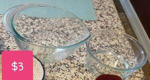 Pyrex bowls. Both for $1 for Sale in Rancho Santa Margarita, CA