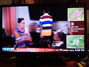 """Element 32"""" flat screen TV for Sale in Bluefield, WV"""