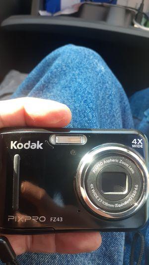 Kodak pixpro fz43 for Sale in New Brighton, MN