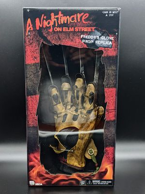 A Nightmare on Elm Street Freddy Glove Prop Replica for Sale in San Jose, CA