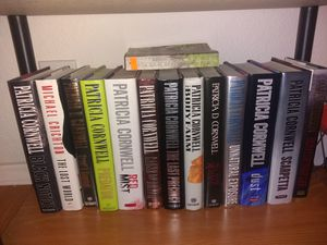 Book collection really good shape all Patricia Cornwell some Stephen king etc for Sale in HUNTINGTN BCH, CA