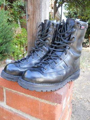 "Danner Recon 200G 8"" Boots Size Men 8.5 D Police Security Military Firefighter Leather USA USED Rain Water Proof Motorcycle Biker Shoes for Sale in San Fernando, CA"