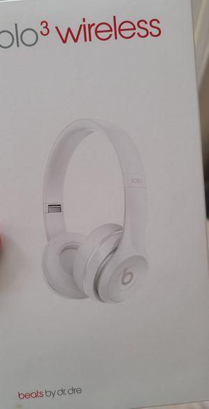Beats solo3 wireless for Sale in Vista, CA