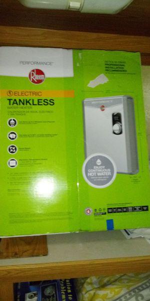 Rheem Tankless Hot water heater for Sale in Clearwater, FL