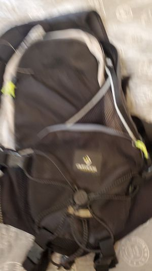 Hiking backpack for Sale in Riverside, CA