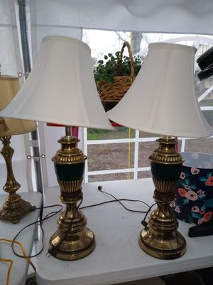 Pair of lamps with shade for Sale in Spring, TX