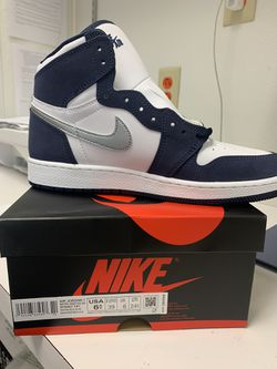 Jordan 1 white n navy for Sale in Peoria,  IL